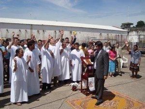 A mensagem da Palavra de Deus foi ministrada pelo Pr. Humberto Schimitt Vieira, Presidente do ministério Restauração