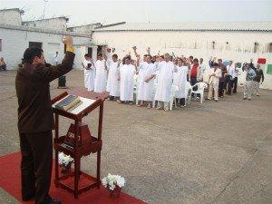 Um grande culto de batismo foi realizado na PEJ na tarde do último domingo
