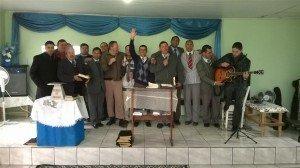 Participantes do culto da manhã