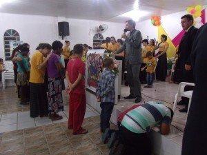 Visitantes tiveram a oportunidade de se renderem a Jesus