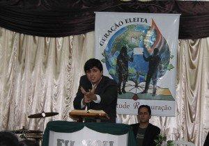 Dc. Thiago Machado ministrou a Palavra de Deus no sábado