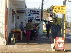 Os jovens da Área evangelizaram os vizinhos e moradores dos arredores