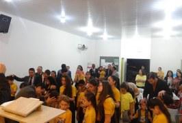 BATISMO COM O ESPÍRITO SANTO E RENOVO NO 3º CONGRESSO INFANTO JUVENIL DA REGIÃO OESTE DO PARANÁ