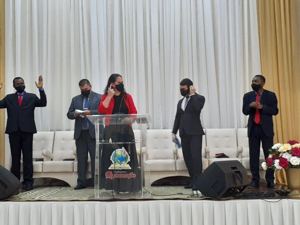 Irmã Kátia Acosta incentivou os irmãos a orarem pelos países hispanos