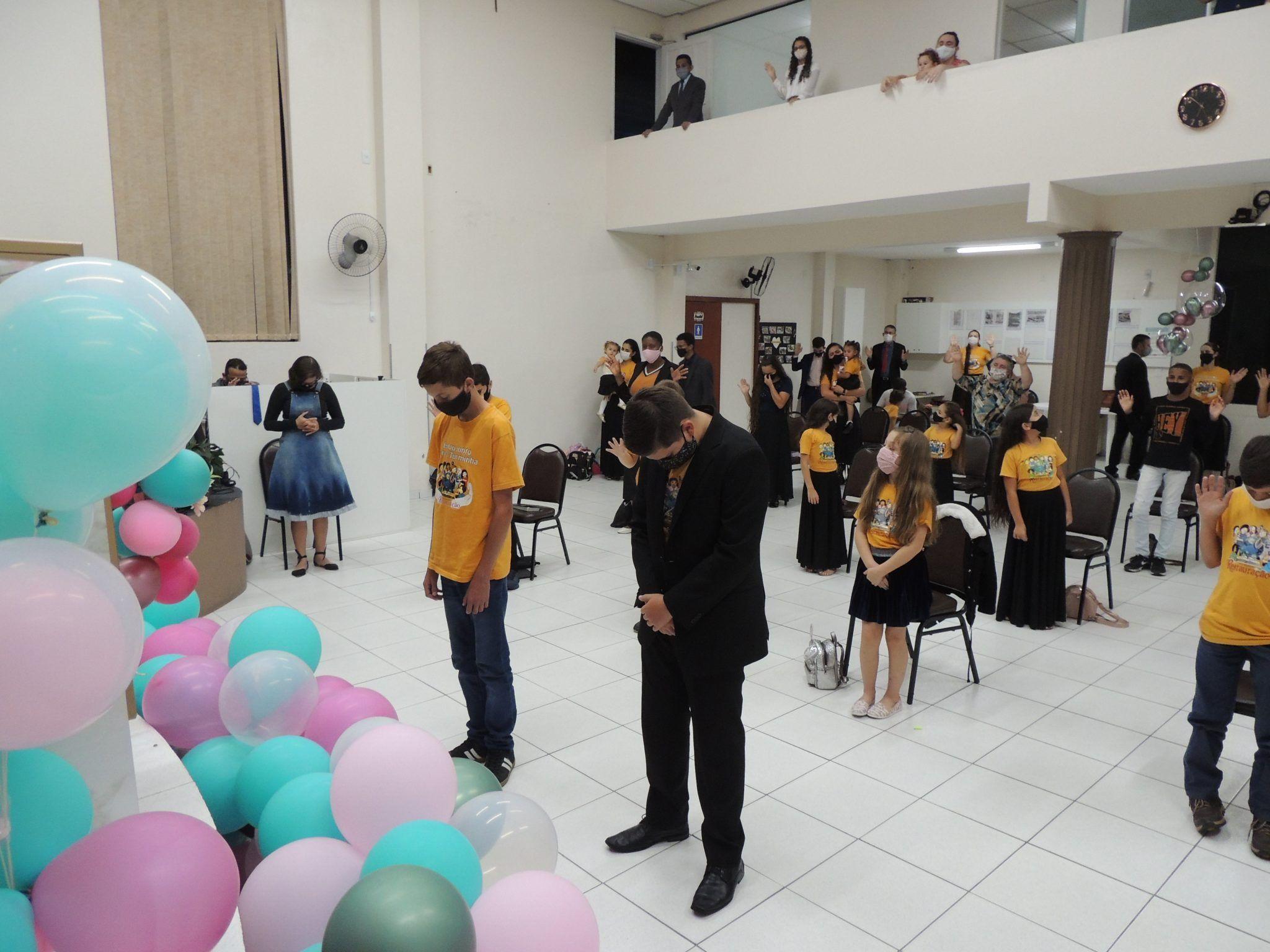 Oração pelos adolescentes que estão ingressando na Juventude