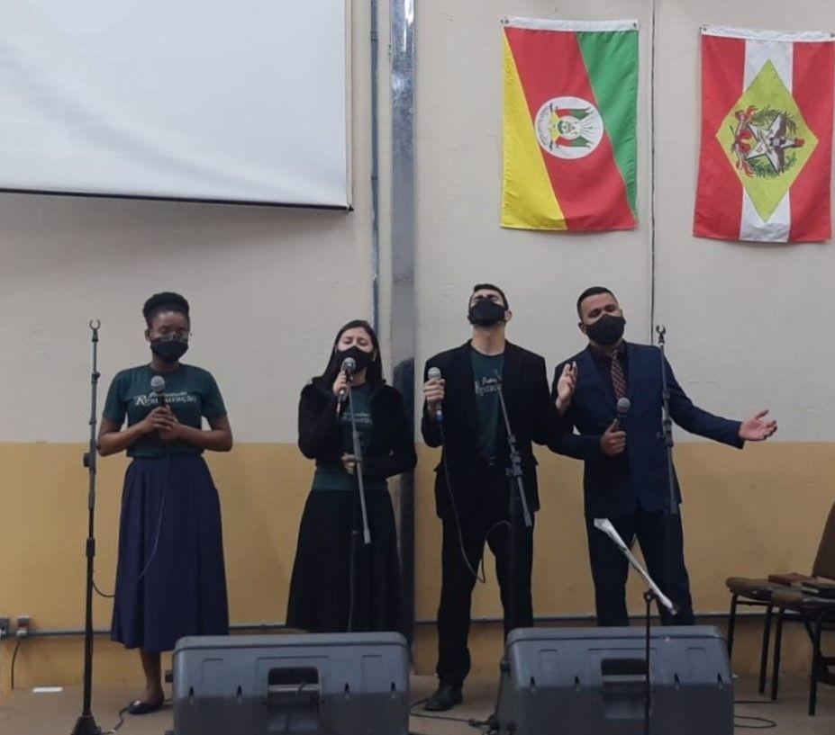 Vocal da Juventude Canoas-Leste e Sede Internacional.